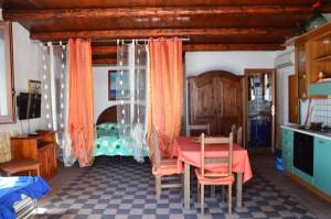 Camera da letto e soggiorno