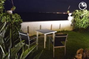 terrazza-mare-sicilia-di-notte-avola